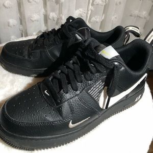Air Force 1'07 LV8 'Overbranding'